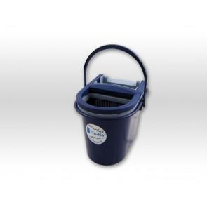 Ha-Ra® Preßbutler zum leichteren Auspressen der Fasern.