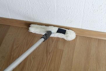 Fußleisten reinigen im Stehen Komplettset